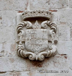 stemma di Luis Francisco de la Cerda y Aragòn y Cardona y Cordoba Fernandéz de Ribera, IX duca di Medinacoeli !.