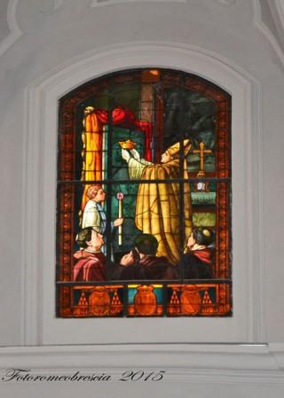 Basilica Cattedrale – vetrata a mosaico celebrativa con stemmi