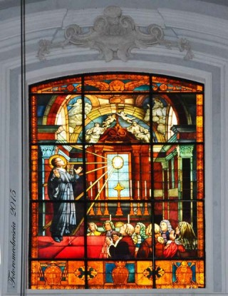 Basilica Cattedrale – vetrata a mosaico celebrativa con stemmi03