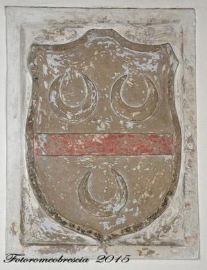 Chiesa di Gesù e Maria – stemma della famiglia Belvedere