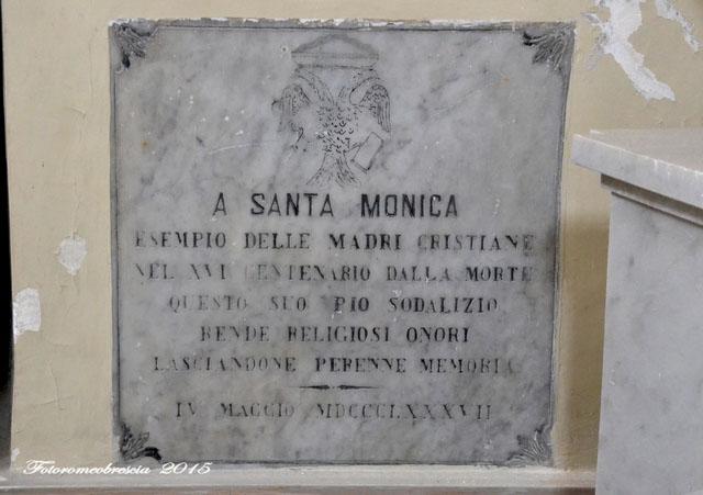 Chiesa di S. Agostino – epigrafe dedicata a S. Monica con stemma della casa asburgica