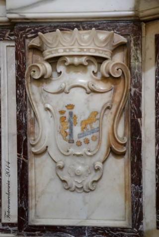 Chiesa di S. Pasquale Baylon – stemma della famiglia Freda Saggese